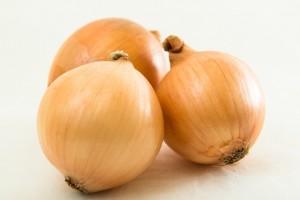 タマネギ/動脈硬化予防、血糖値低下、抗酸化作用の秋野菜|役立ち情報ナビ